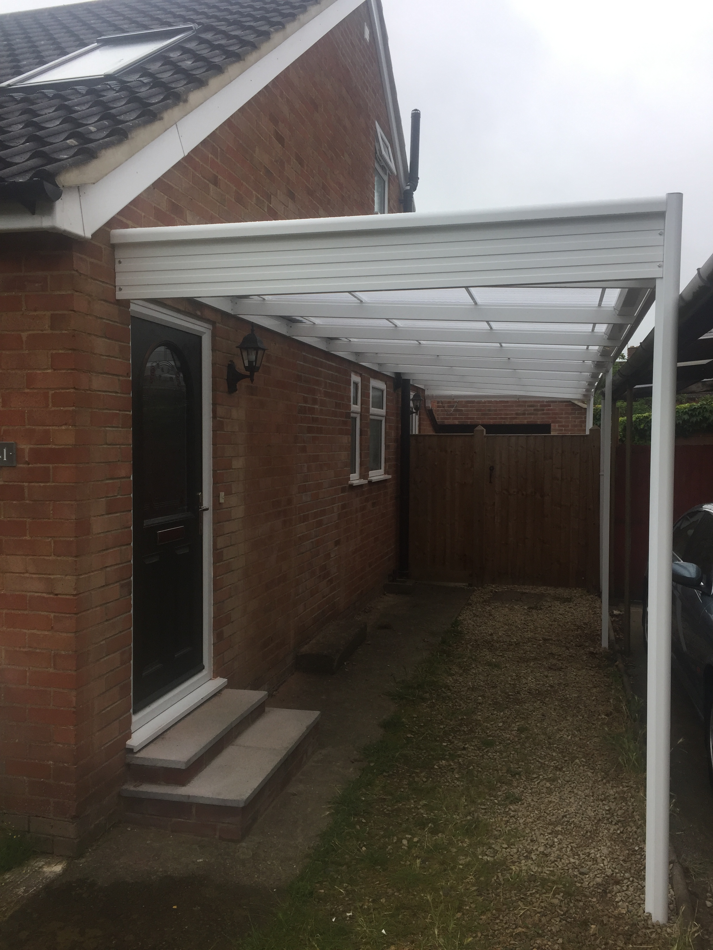 new white deluxe powder coated aluminium carport cheltenham gloucester cladding. Black Bedroom Furniture Sets. Home Design Ideas